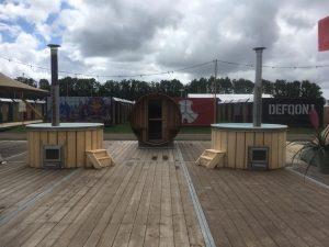 Hot tub op Defqon 1 in Biddinghuizen | Flow Wellness